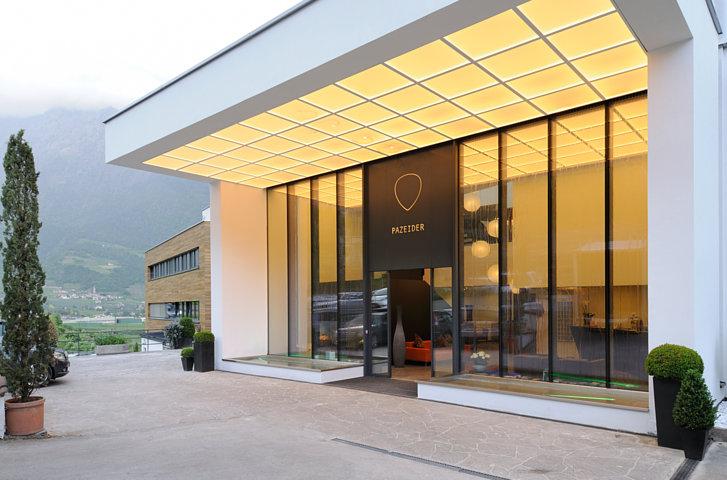 Das Foto ist ausschlie§lich fŸr PR- und Marketingma§nahmen des Hotel PAZEIDER - Marling/Meran - Italien zu verwenden. Jegliche Nutzung Dritter muss mit dem Bildautor GŸnter Standl (www.guenterstandl.de) - (Tel.: 00491714327116) gesondert vereinbart werden.